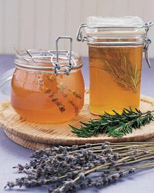 How To: Create Herbal Infused Honey!